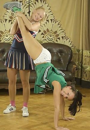 Lesbian Cheerleader Porn Pictures